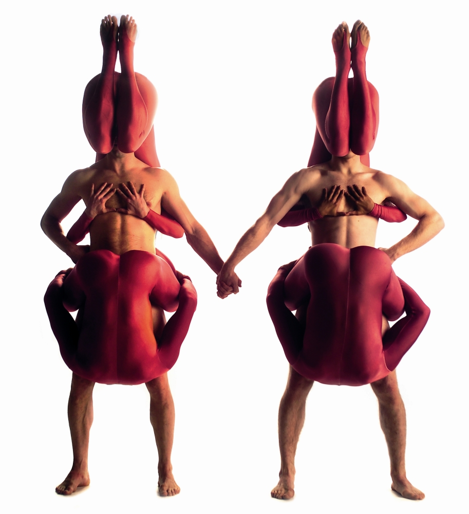 Pilobolus Dance Theater dazzles with fantasy, illusion and gravity-defying feats