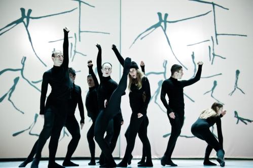 """Compagnie Marie Chouinard dancers in """"Henri Michaux: Mouvements"""". Photo by Sylvie-Ann Paré."""