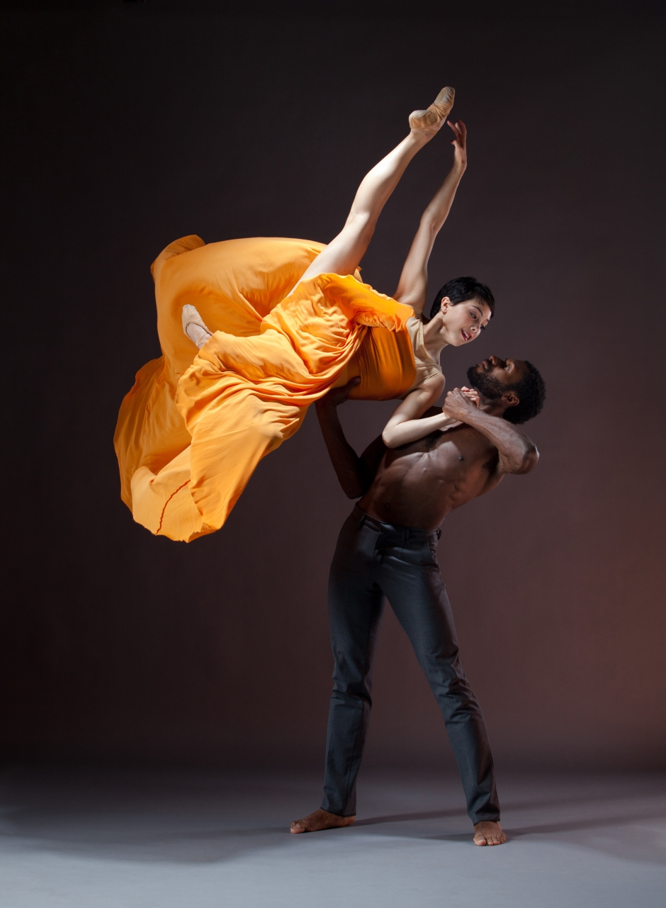 BalletX dancers Allison Walsh and William Cannon. Photo by Alexander Iziliaev.