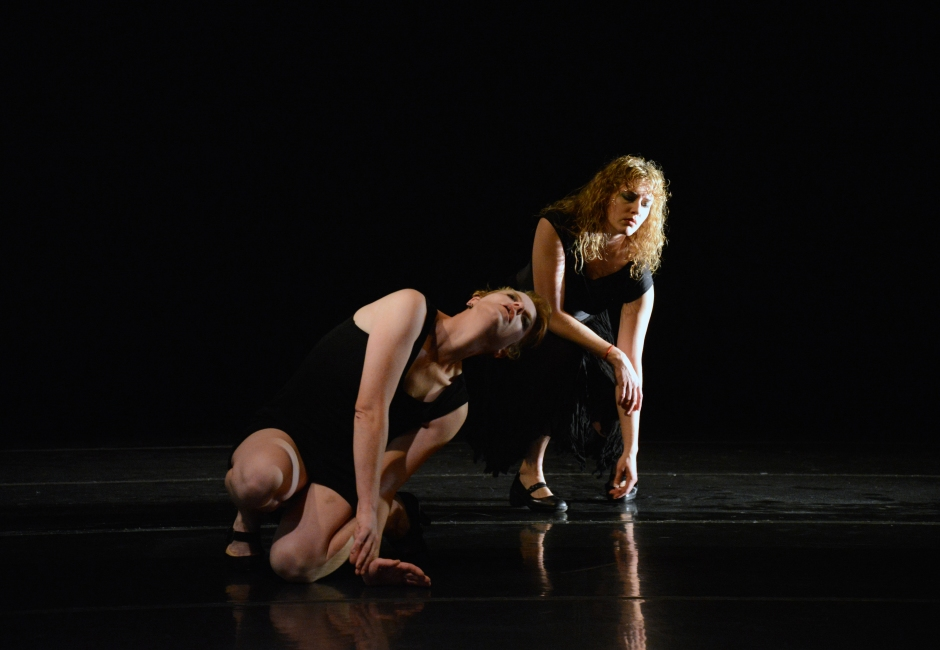 """Shen & Bones Performance Group's Laura Swedenborg and Kerrylee Hinkson in """"Sketch #1″. Photo by Amasa Smith."""