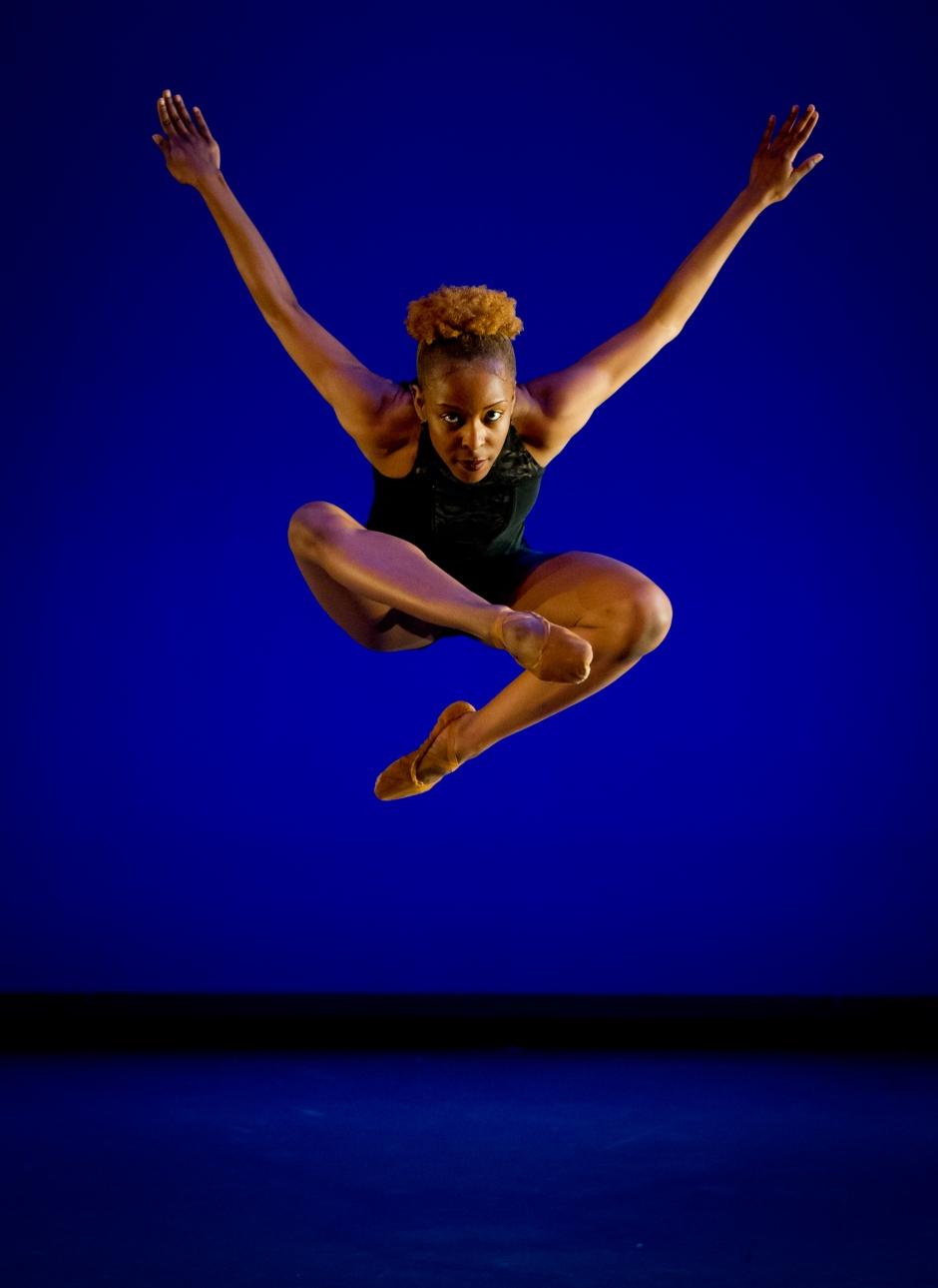 "Conservatory Dance Company's Shonnita Johnson in Daniel Karasik's ""Vantage Point"".  Photo by Jeff Swensen."