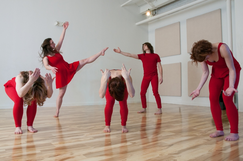 """Dancers in Alexandra Bodnarchuk's """"CONNOTATIONS: unknown"""". Photo by Lindsay Dill."""