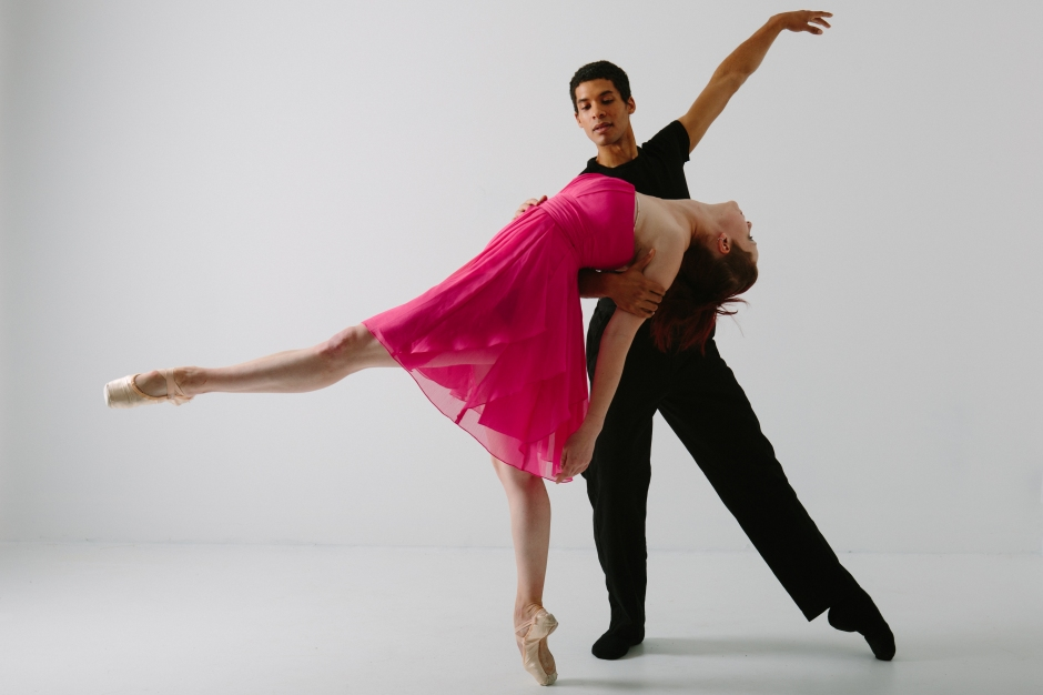 Texture Contemporary Ballet's Kelsey Bartman and Alan Obuzor. Photo by Katie Ging.