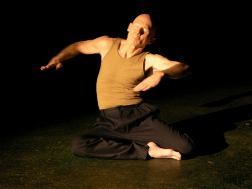 "Mark Conway Thompson in ""Icarus"".  Photo by Linda Wallen."