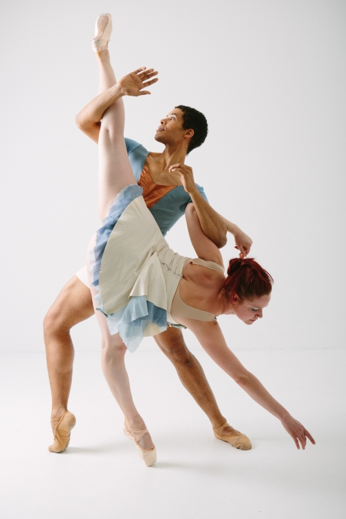 Alan Obuzor and Kelsey Bartman of Texture Contemporary Ballet, Sept. 26-28. Photo by Katie Ging.
