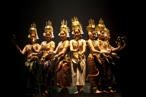 Dancers of The Royal Ballet of Cambodia. Photo by Thomy Keat.