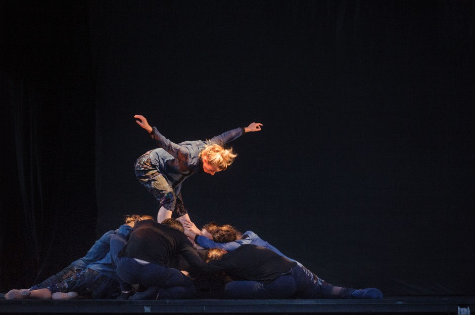 """Neos Dance Theatre's Mary-Elizabeth Fenn and company in Penny Saunders' """"Flight"""".  Photo by Dale Dong."""