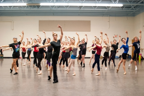 Patricia Barker in-studio with Grand Rapids Ballet dancers. Photo by Michael Auer.