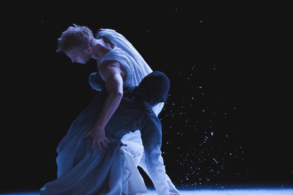 "Pontus Lidberg Dance in ""Snow."" Photo by Petrus Sjövik."