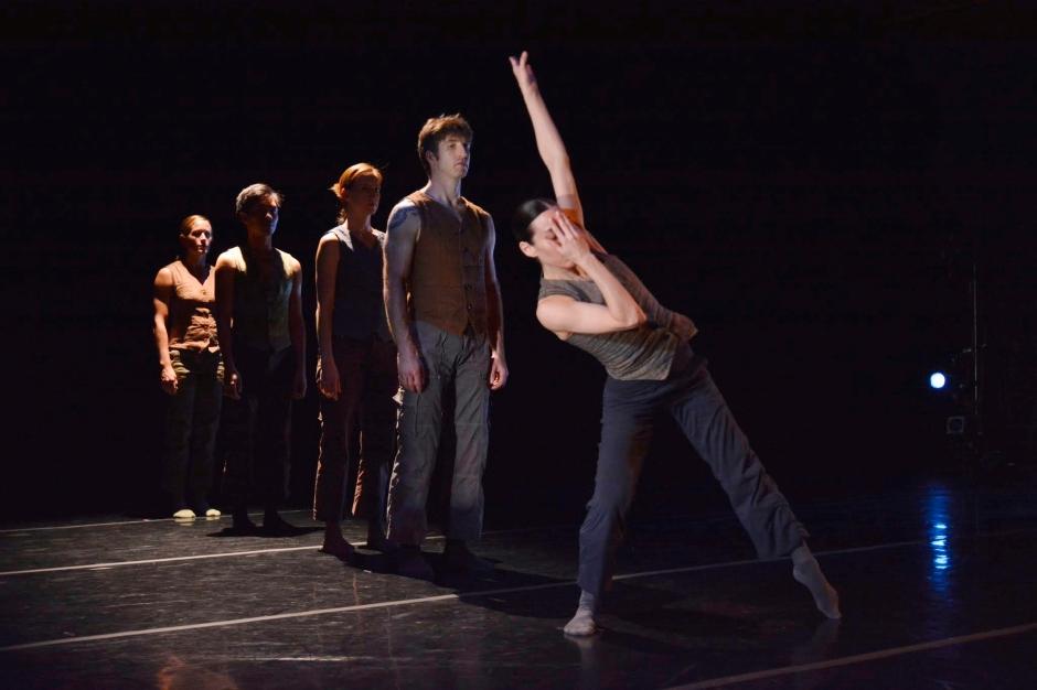 """GroundWorks DanceTheater in Eric Michael Handleman's """"Remora."""