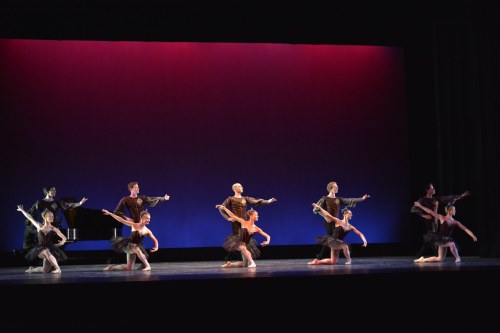 """Cleveland Ballet & Neos Dance Theatre dancers in """"Glazunov"""" (excerpts from Marius Petipa's Raymonda set by Cynthia Graham and Gladisa Guadalupe).  Photo by Mark Horning."""