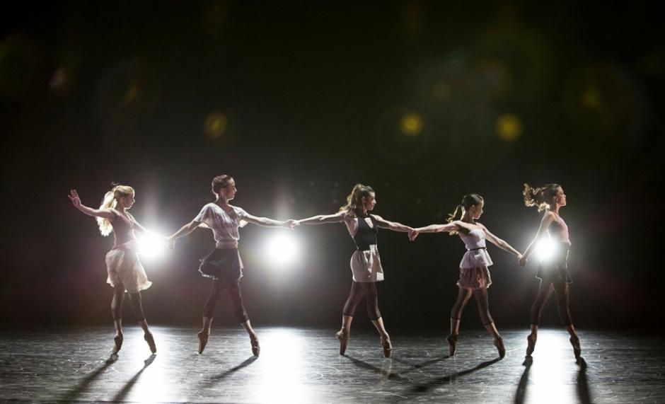 BalletMet dancers in James Kudelka's