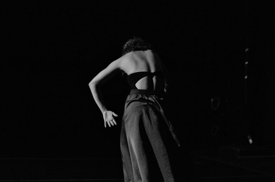 Elu Dance Company_photo by LaurenStonestreet