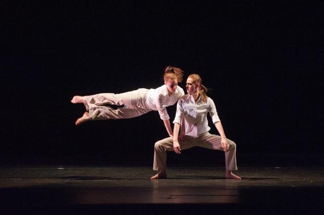 Photo1 Robin Pritchardintimacy - Lianne and Whitney